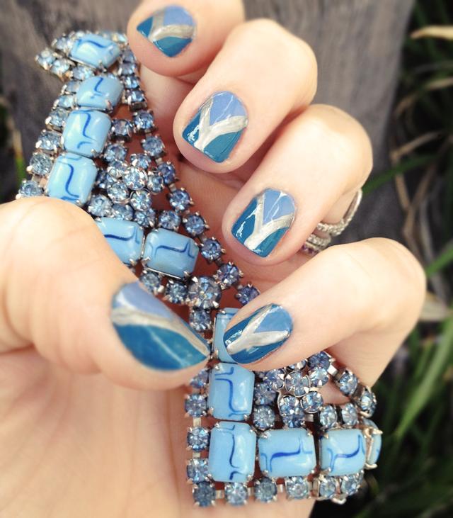 blue nails blue vintage rhinestone necklace
