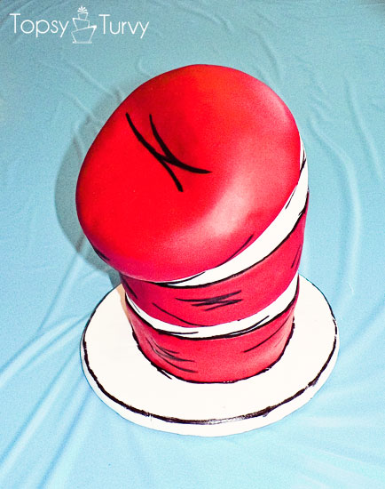 seuss-cat-hat-birthday-party-cake