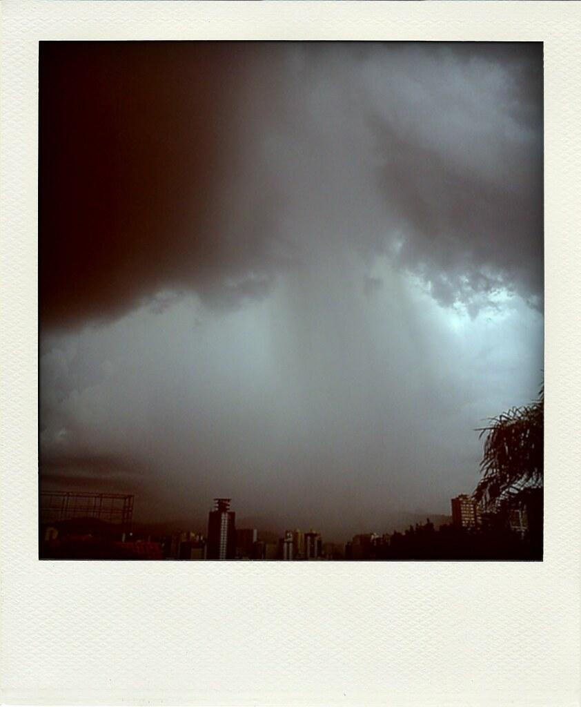 """e a chuva"" - 2012"