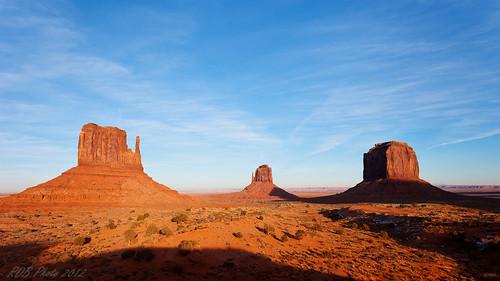 southwest canon landscape utah nationalpark monumentvalley polarizer rockformation 1740l themittens merrickbutte sentinelmesa 5dmarkii