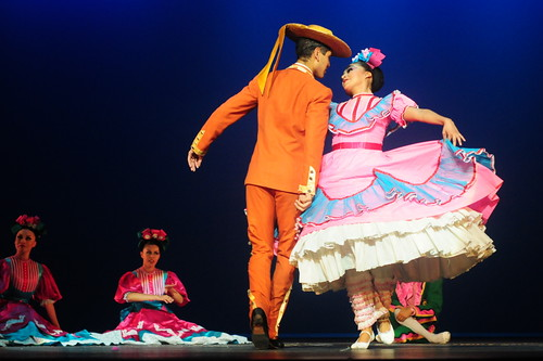 Flickr: Discussing 124 - Danza Folklorica en el mundo/Folk