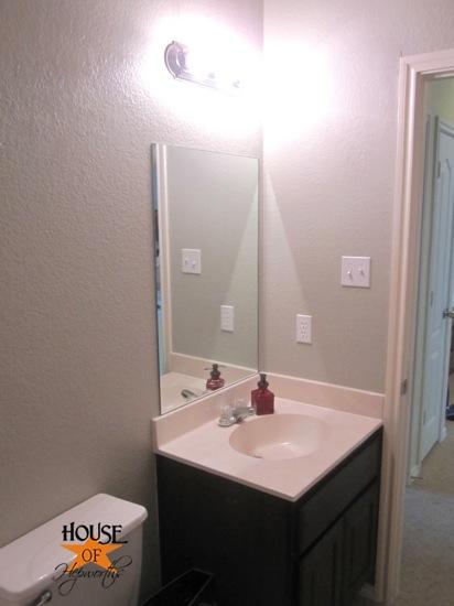ScotchBlue_bathroom_edges_hoh_19