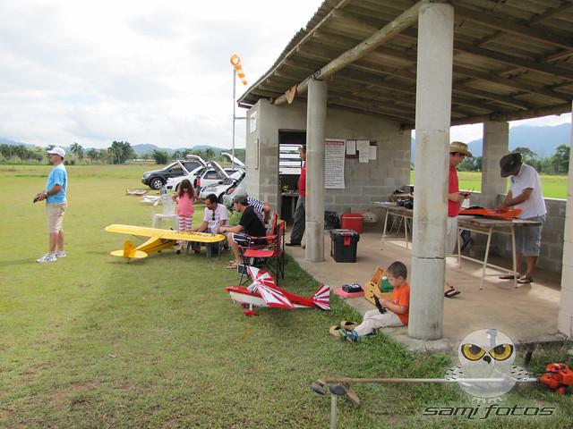 Vôos no CAAB e Vôo de Lift no Morro da Boa Vista 6886816636_2c8c5a123f_z