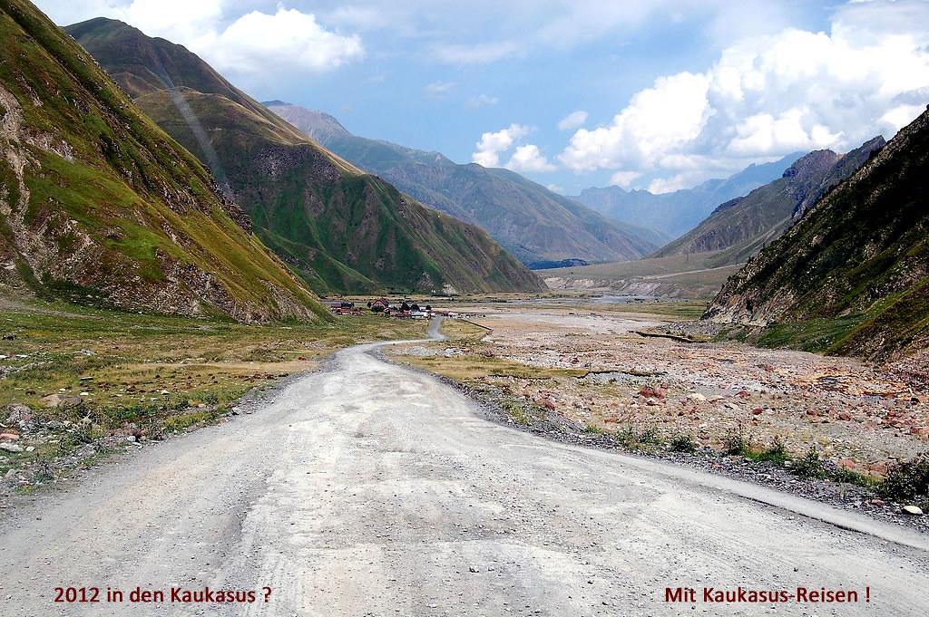 3-nach-Georgien-mit-Kaukasus-Reisen