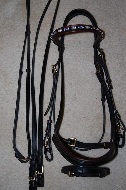 Figure 8 bridle, dressage bridles, hunter bridle, ariat