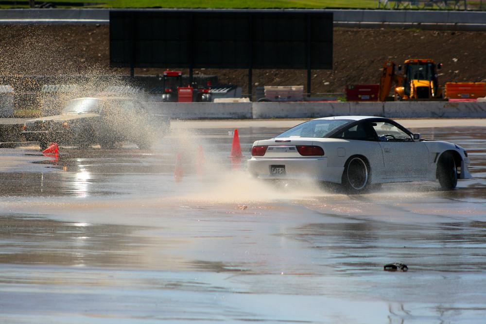Drift Mob Wet Skid Pan Day Zen Garage