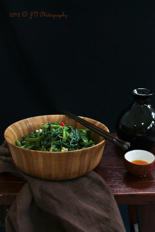 Stir-fried Water Spinach (Kangkung) with Fermented Bean Curd