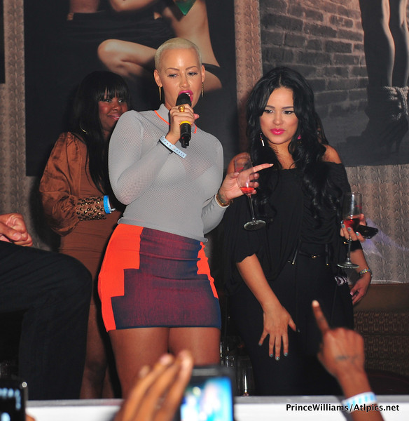 Amber-Rose-and-Emily-B-at-Club-Roxy