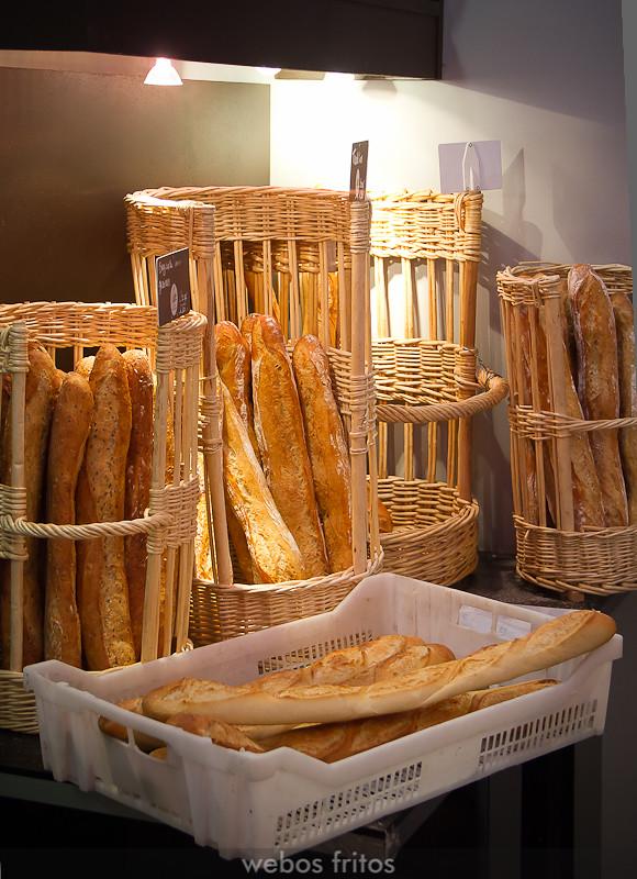El mostrador de la Boulangerie Patisserie Gaëtan Romp