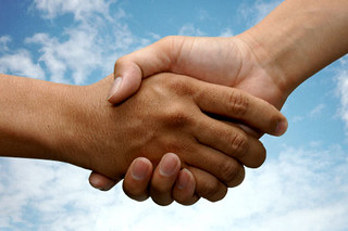 Photo:shaking hands By:CTJ Online
