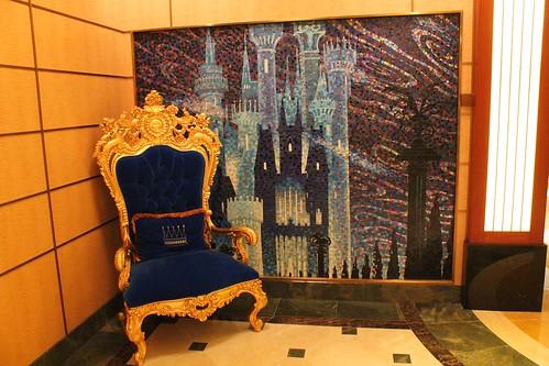 Disney Fantasy Atrium decor