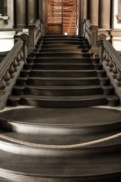 Escalera de la biblioteca medicea laurenziana proyectada - Escaleras para bibliotecas ...
