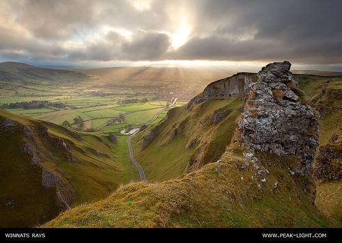 sunrise limestone rays castleton winnatspass hopevalley