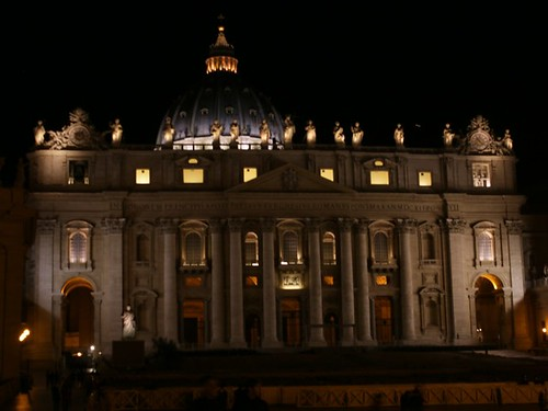 La facciata della Basilica