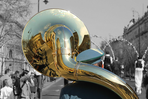 street reflection green gold hungary play view budapest band atmosphere instrument marching therubyawardsinvitation