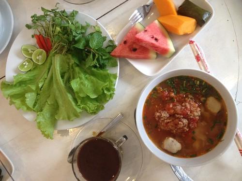 khao soy soup