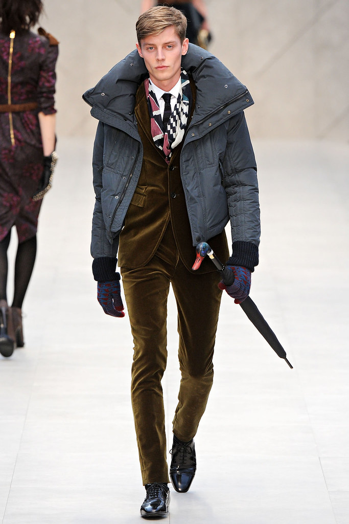 FW12 London Burberry Prorsum006_Janis Ancens(VOGUE)