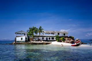 082001 - Venez - La plus petite ile du monde