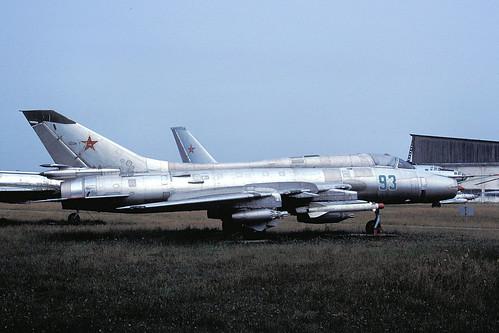 93g Su-17