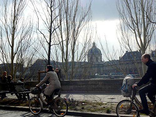 vélos sur les quais de la Seine