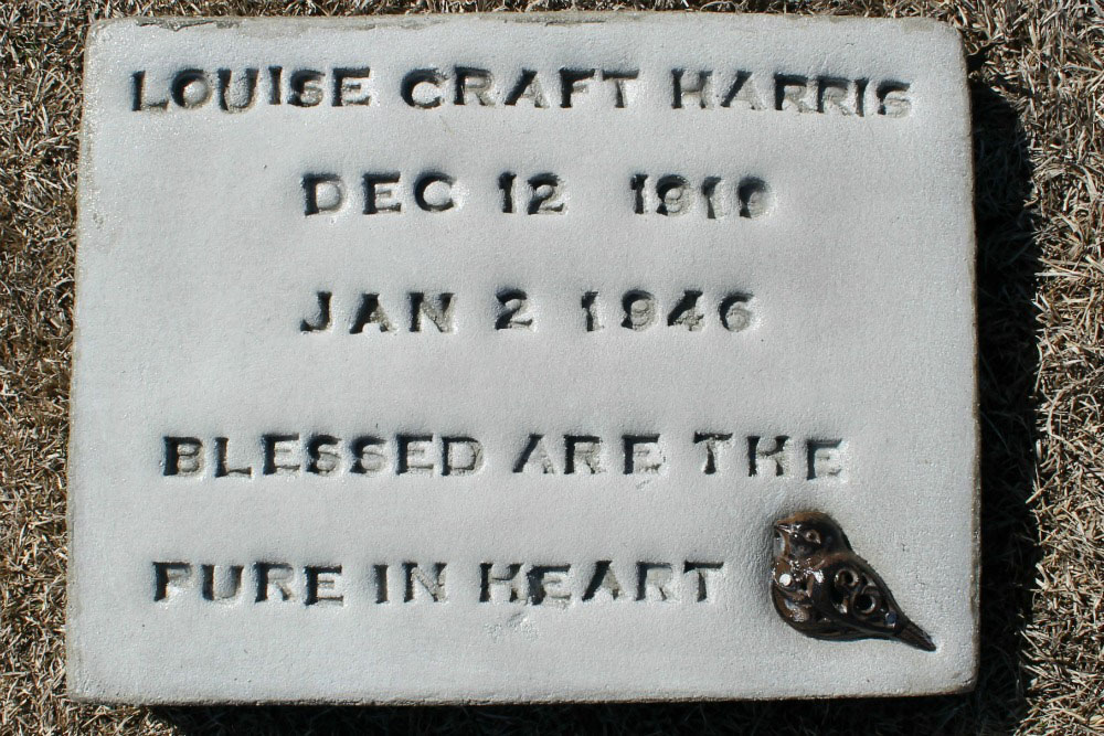 Louise Craft Harris Headstone