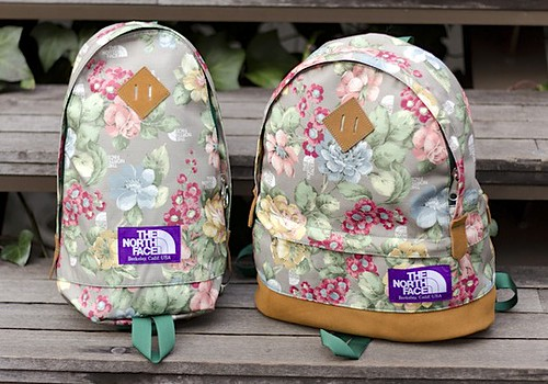 the-north-face-purple-label-flower-print-bag-series-1