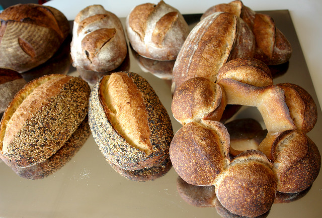 6821322034 f559b005f7 z Degustare de paine   eveniment