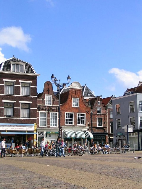 Delft Canal 4