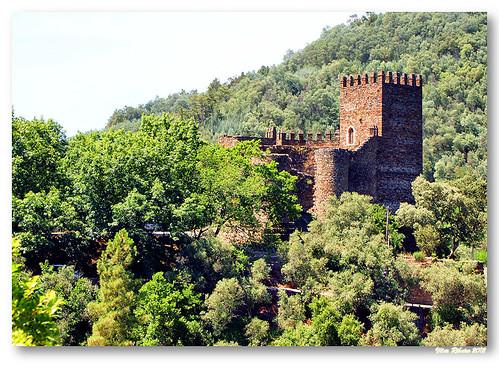 Castelo da Lousã by VRfoto