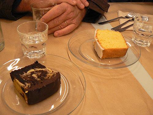 gâteaux rose bakery.jpg