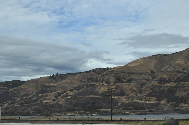 Columbia River Gorge hills