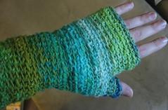 basic fingerless mittens in noro taiyo