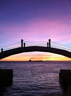 Sunrise at Maracaibo's lake/ amanecer en el Lago de Maracaibo