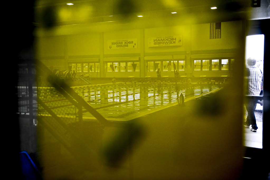 swimming_reflect