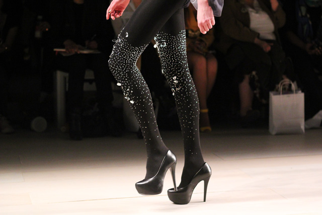 ppq aw12 london fashion week bebaroque tights