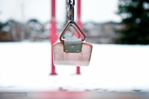 20120218_swings-playground_005.jpg