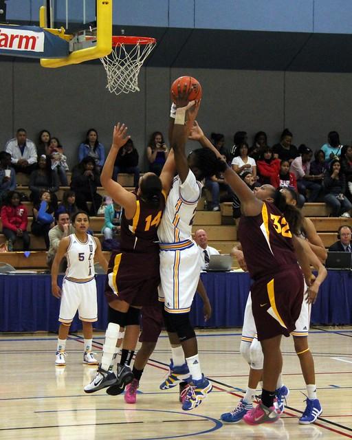 UCLA WOMEN BASKETBALL   Flickr - Photo Sharing!