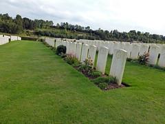 Canadian orderlies, nurses & doctor, Bagneux British Cemetery