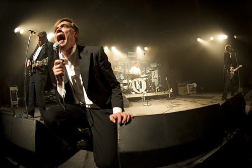 the_hives-glass_house_ACY9380