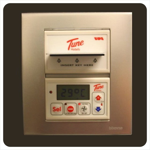 tune hotel airconditioning controler