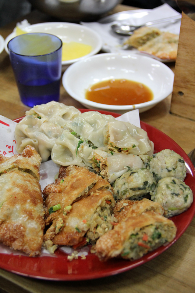 The mandu mixed platter!