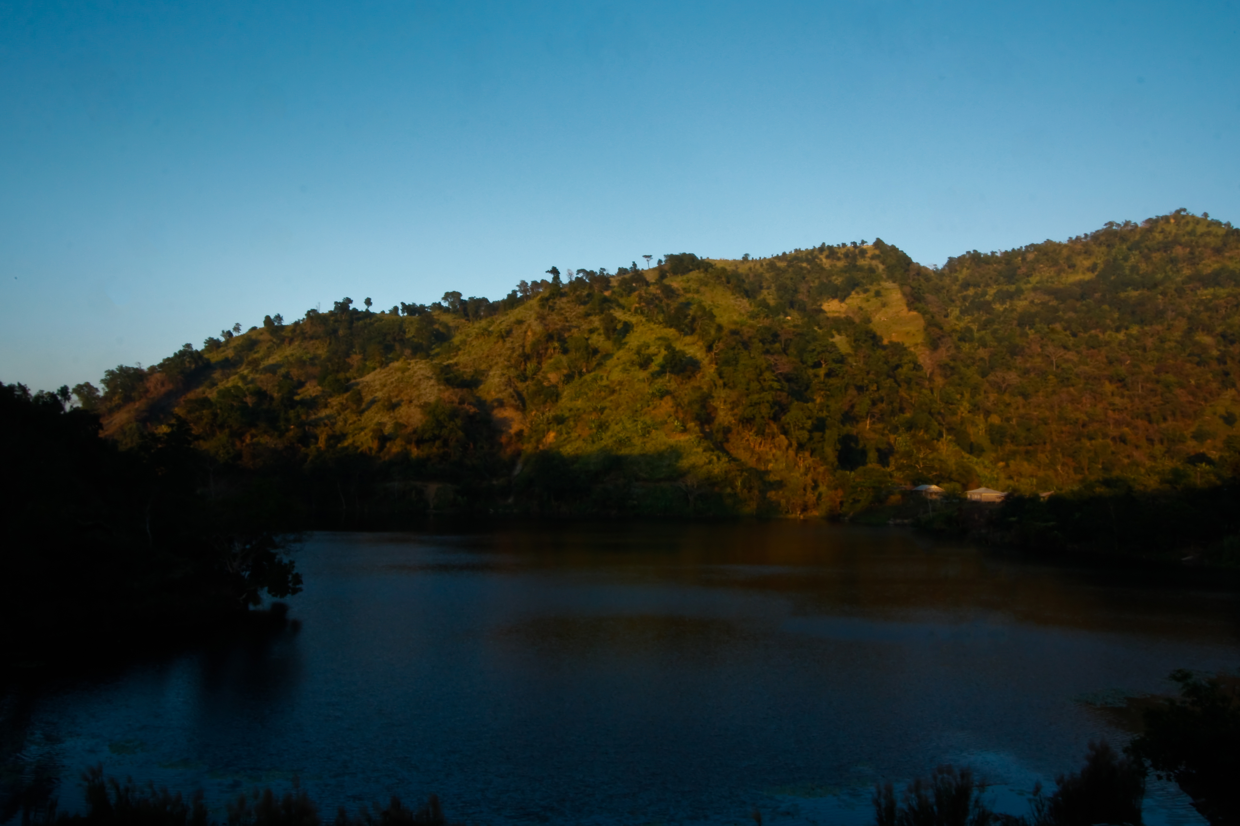 how to go boga lake bandarban