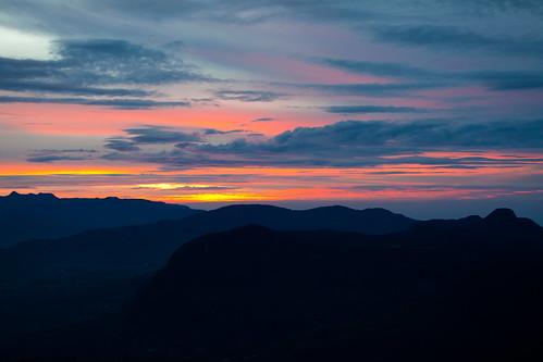 cloud sunrise srilanka ceylon adamspeak 日出 morningglow sripada 斯里兰卡 锡兰 亚当峰