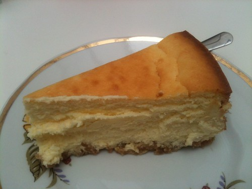 Helmut Newcake: Cheesecake