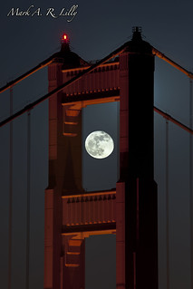 """Super Moon"" Over ""The Gate"" - May 6, 2012"