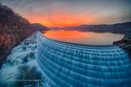 ny water sunrise waterfall spillway crotondam crotononthehudson nikond800 nikkor1424mm128g