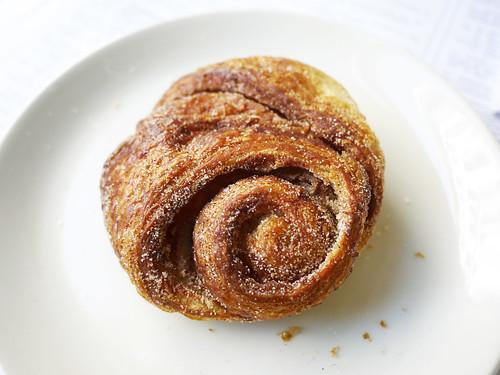 04-24 cinnamon roll