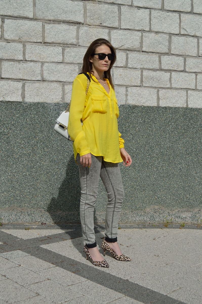 lara-vazquez-madlula-blog-shirt-yellow