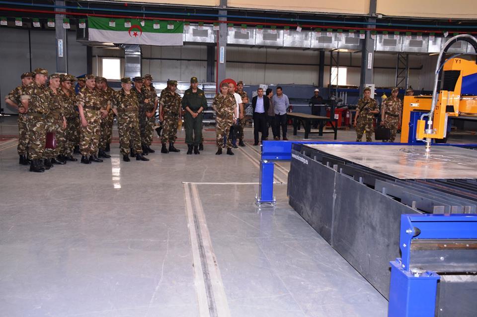 الصناعة البحرية العسكرية الجزائرية [ زوارق ] 27715750395_6103508dfa_o