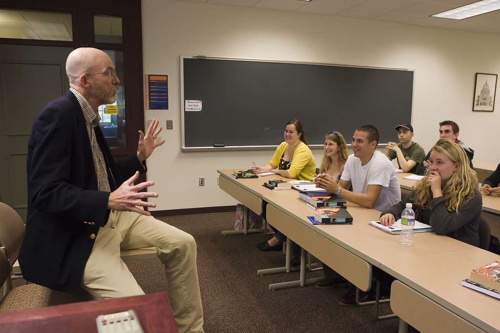 Gettysburg's student-to-faculty ratio of 10:1 allows for close interaction and extensive opportunities for collaborative work between students and their professors.
